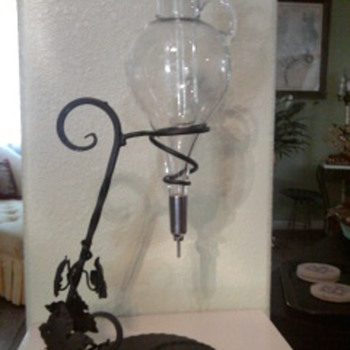 Hanging Wine Dispenser - Glassware