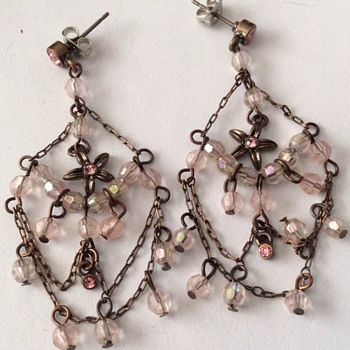 2 pairs of vintage earrings - Costume Jewelry
