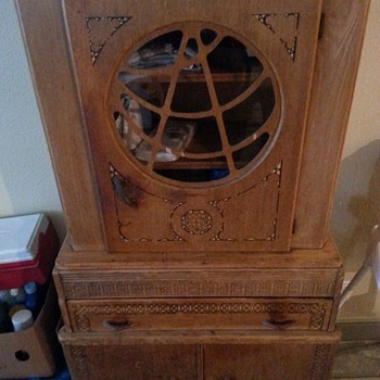 Can anyone tell me what this is, where it's from etc. Can't find any markings - Furniture