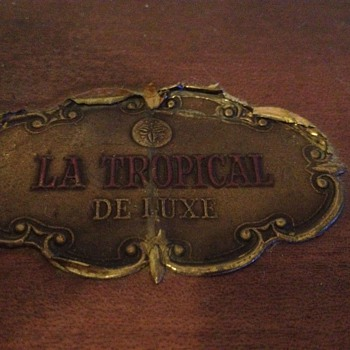 La Tropical De Luxe Cigar box - Tobacciana