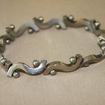 Silver Swirly Bracelet