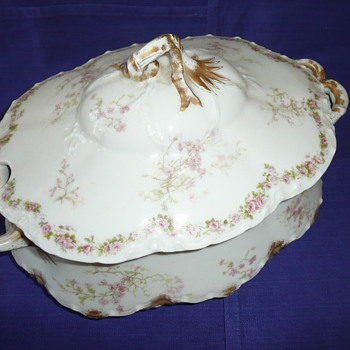 Haviland Covered Casserole
