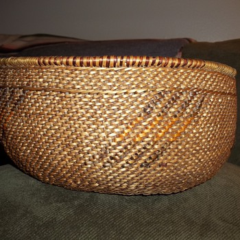 Antique Havasupai Indian Work Basket - Native American
