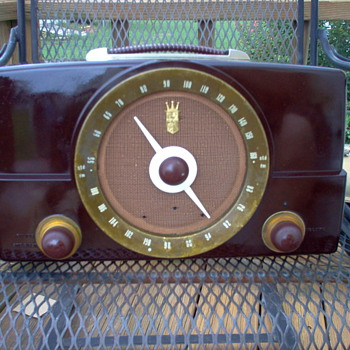 My ZENITH model G725 - Radios