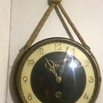 J. Kaiser Art Deco typeface Bakelite clock signed