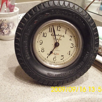 Seth Thomas Goodrich Tire Desk Clock