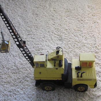 Vintage Tonka Mobile Clamshell Crane Truck - Toys