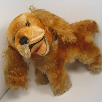 Grin and bear it with this delightful beaming Steiff Cockie Cocker Spaniel!