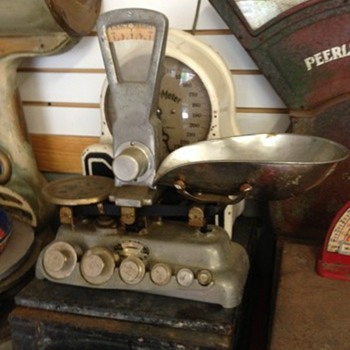 Weird Old Candy Scale? - Tools and Hardware