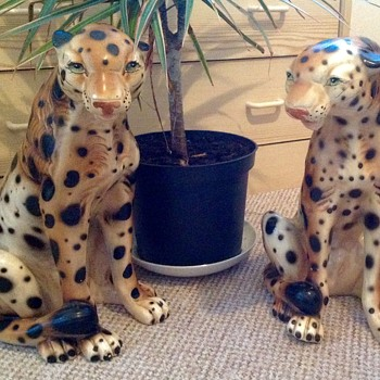Beautiful ceramic  antique leopards - Figurines