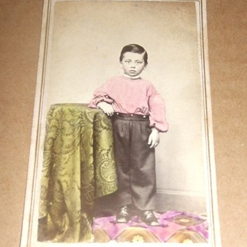 Civil War era tinted CDV of boy