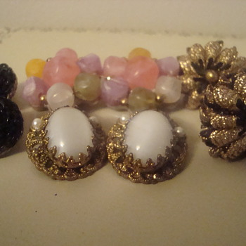 Some more great earrings! - Costume Jewelry