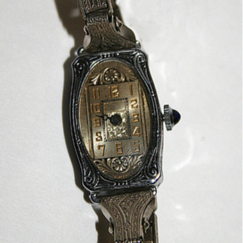 Vintage Ladies' Watch - Wristwatches