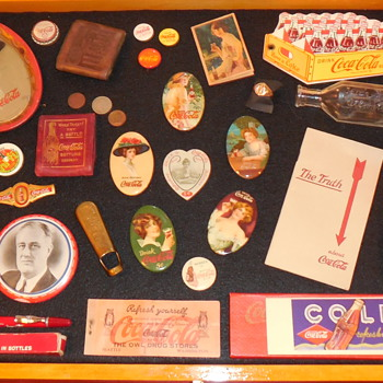 Coke Cave Smalls Display - Coca-Cola