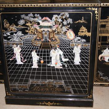 Oriental porcelain bar