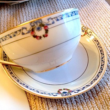 I need help to find this Noritake pattern