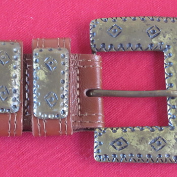 Female Belt Buckle