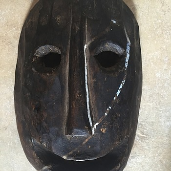 Can anyone help me identify this wooden tribal mask? - Visual Art