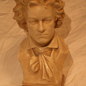 Vintage Beethoven Bust ~ Alexander Backer Co. INC.   ©