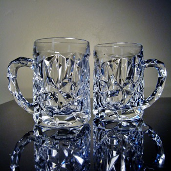 TIFFANY & CO. /BEER MUGS - Art Glass