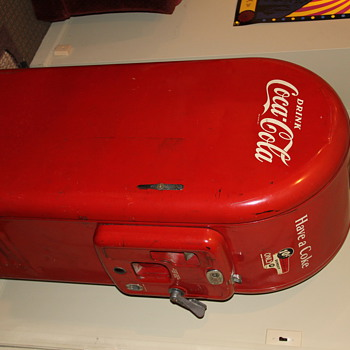 Old 10 cent Coke Machine