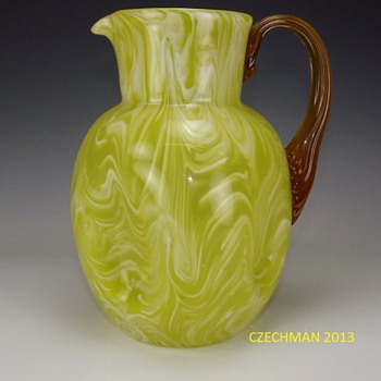 GORGEOUS HARRACH YELLOW WHITE VARIGATED BLOWN GLASS PITCHER CA. 1880-1890'S