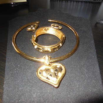 Alana Stewart leopard set - Costume Jewelry