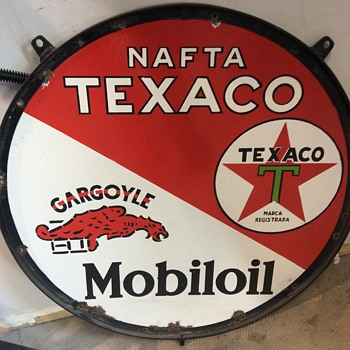 Mobil oil, gargoyle, and texaco - Petroliana
