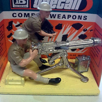 Britains Vickers machine gun crew. - Toys