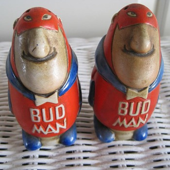 &quot;Bud Man&quot; Budweiser Salt and pepper shakers from 1969 - Breweriana