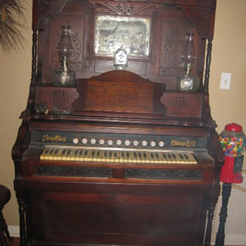 Pump Organ - Musical Instruments