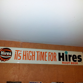 Hires Push Bar with Original Box! - Advertising