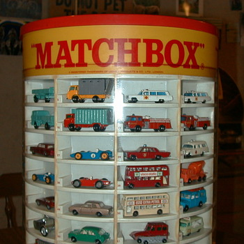 MATCHBOX CARS WITH DISPLAY CASE - Model Cars