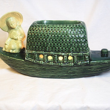 4/4 Pottery Japanese Boat TV Lamp, Circa 1950-60