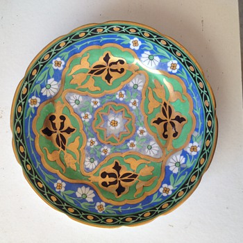 Vintage beautiful plate, unknown mfg. & year and style - Art Pottery