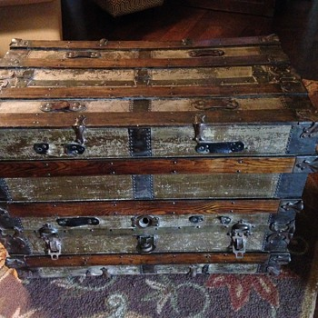 Dresser trunk?? - Furniture