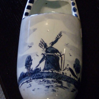 Delft Dutch Shoe Ashtray