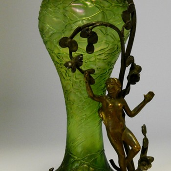 Art Nouveau Nude Angel Jungenstil period, Mounted Threaded Vase, Circa 1900