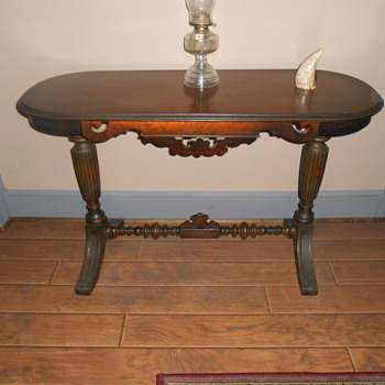 Old table I bought for my home office - Furniture