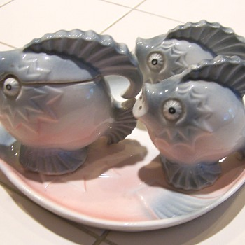 Fish and lobster condiment and salt & pepper sets