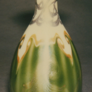 QUEZAL ART GLASS WITH SILVER OVERLAY VASE, circa 1902