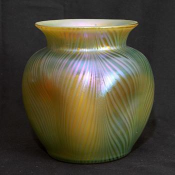 Loetz Phanomen Genre 7501 Vase