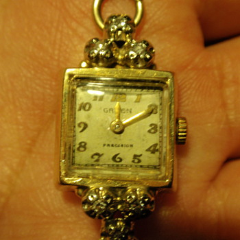 Antique Gruen Ladie's watch  - Wristwatches
