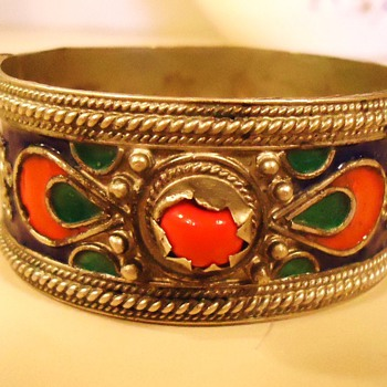 Bracelet Where Made?  Tribal? India? Middle East? Silver? Need Help! How Old? - Asian