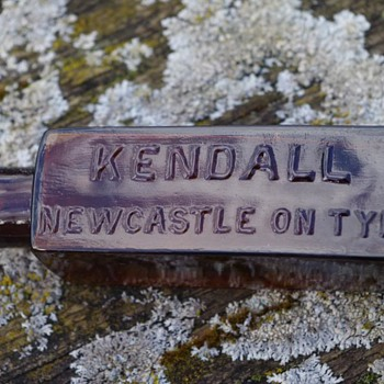 KENDALL NEWCASTLE ON TYNE MEDICINE BOTTLE - Bottles