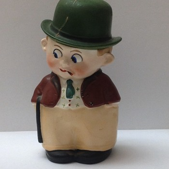 Chalk ware man with green hat and Googly eyes. The hat comes off. 1930's? Germany. 7886.  May be a trinket or tobacco box.