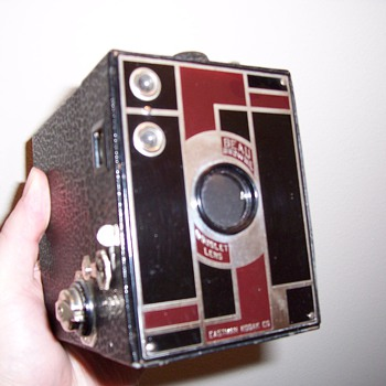 Art Deco Beau Brownie Camera - Cameras