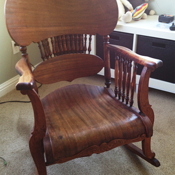 1900's Oak Rocking Chair - Furniture