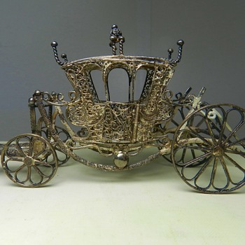 HUGE .800 Silver Filigree Carriage! - Opinions?