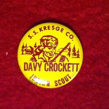Davey Crockett pinback premium